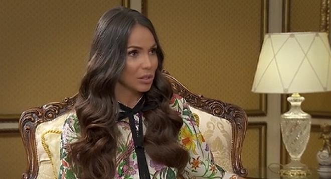 Алисия: Чуваме се редовно с новата жена на Валери