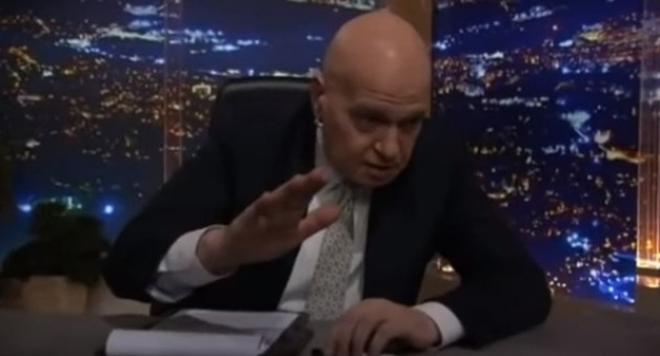 С мухи и на тъмно стартира телевизията на Слави