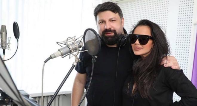 Мария и Тони Стораро се събраха за дует