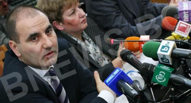 Поли Пантев и Карамански работили за МВР