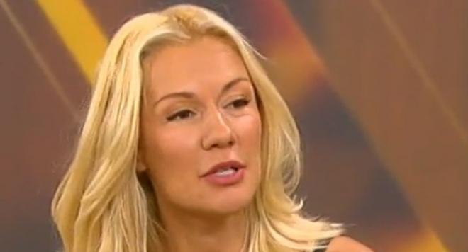 Подпухнала и нервна  Мария Игнатова изпадна в истерия от въпроси за Димитър Рачков