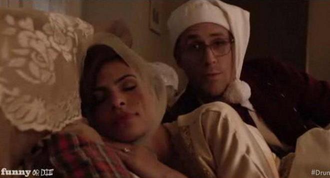 Ева Мендес и Раян Гослинг в леглото /видео/