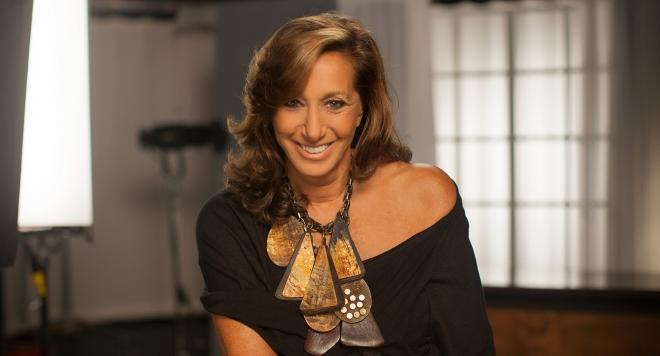 Дона Каран се оттегля от поста на главен дизайнер