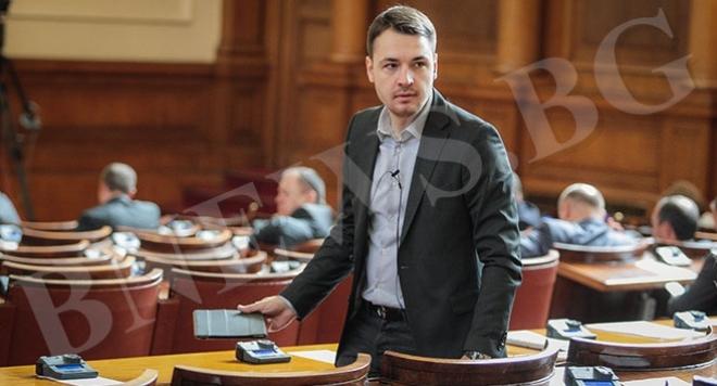 Най-желаният политик Мартин Иванов отбелязва 30-годишния си юбилей!