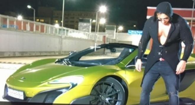 Коцето се фука с кола за половин милион, фенове го питат откъде са му парите