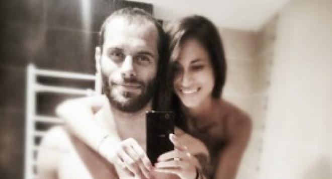 Деян Топалски и Гергана се показаха от банята