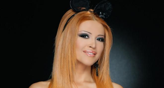 Фолк звездата Ваня: Сама си шия сценичните тоалети