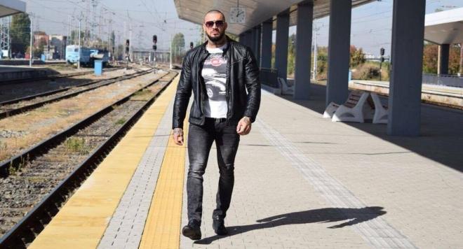 Бодибилдърът Антон Антонов – отвъд тривиалния етикет за суров мъжага с мускули