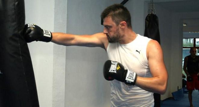 Бареков и Теодор подготвят бойците за ММА битката на 2-ри август