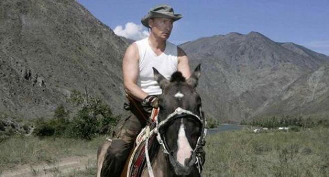 Владимир Путин е руският Джон Уейн