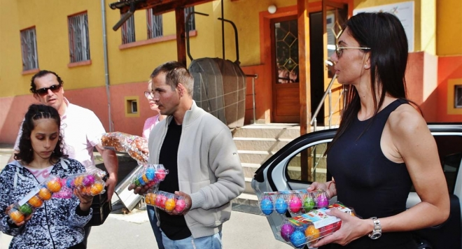 Мисис България Роксана Кирилова: Великият дар на Великден е надеждата (Снимки)