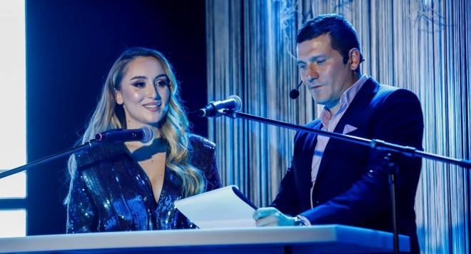 """Дара Екимова е """"Жена на годината"""" 2020 в категория Музика"""