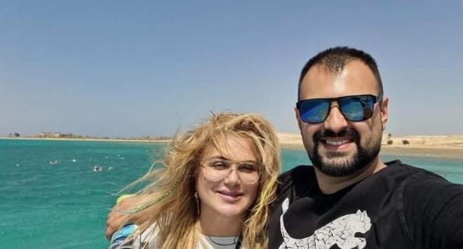 Мъжът на Вили Боршукова я глези с романтична ваканция в Египет (Снимки)