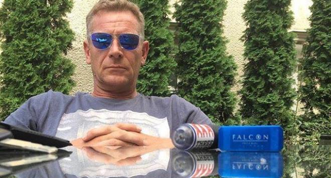"""Народният театър води по номинации за """"Аскеер""""! Юлиан Вергов чака статуетка за """"NеоДачници"""""""