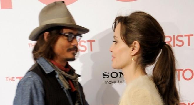Медиите гръмнаха: Анджелина Джоли се среща с  Джони Деп