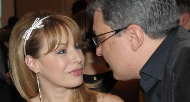 Мира Добрева носи мълчаливо колекция рога вече 10 години