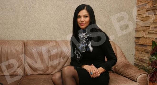 Юлияна Дончева се жени на рождения си ден