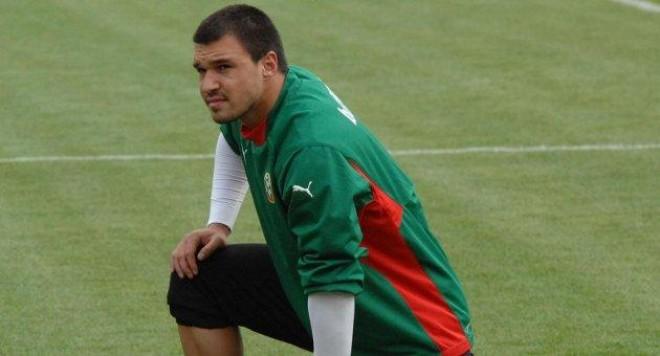 Валери Божинов се отрече от баща си