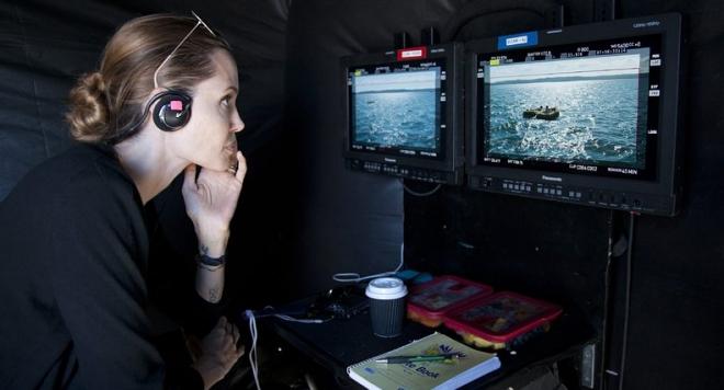 Анджелина Джоли ще снима филм за Африка