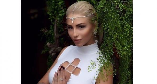 Цвети Стоянова с 13-а поред пластична операция