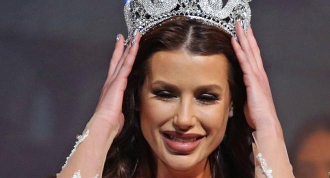 """И новата """"Мис България"""" грозна и с купена корона (Скандални разкрития)"""