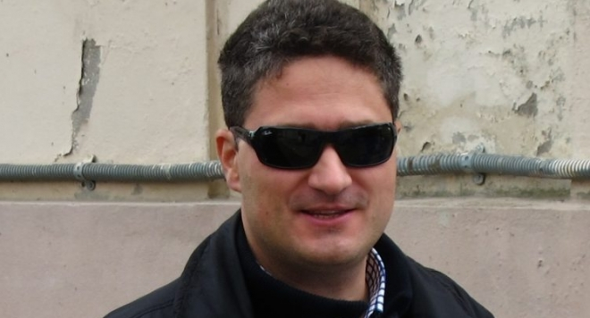 "КЗК пресече измамите на Юлиан Димов и неговото дружество ""Авто Инженеринг Груп"" с тролеите на Враца"