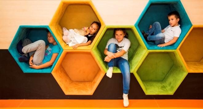 """Иновативен център по изкуства открива и развива таланта на децата! """"Angel steps""""  - алтернатива на традиционната занималня"""