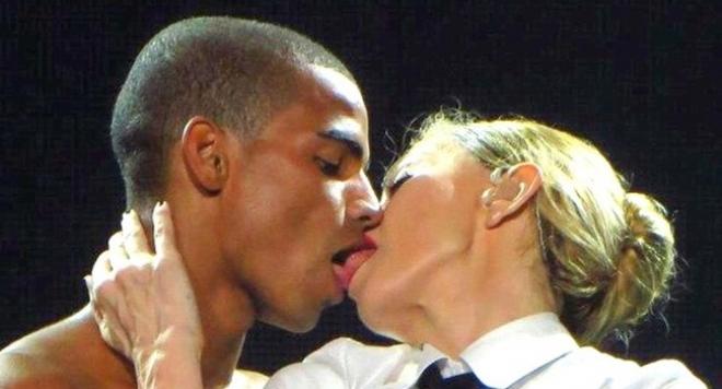 Мадона: Защо младите ми любовници притесняват хората?