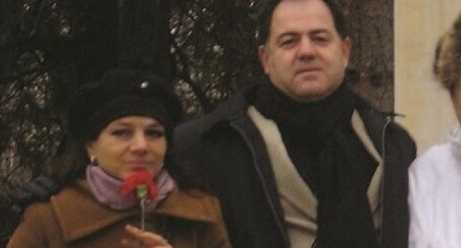 Военният министър не знаел, че любовницата му е проститутка, щял да я прави директор на детска градина