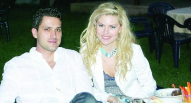 Деси Банова се среща тайно с бившия си