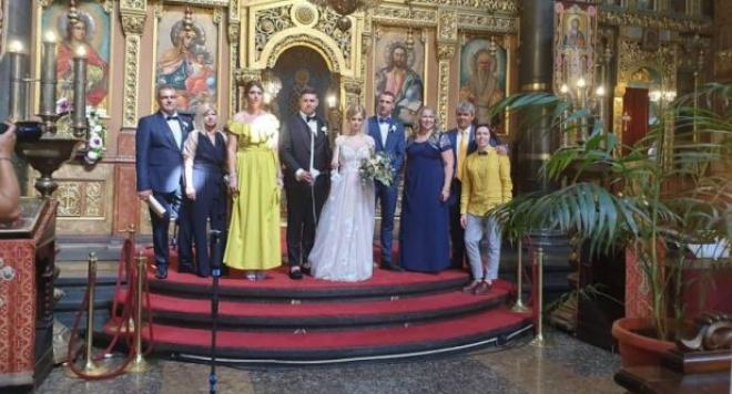 Бащата на единствения син на певицата–Георги Михайлов отведе пред олтара