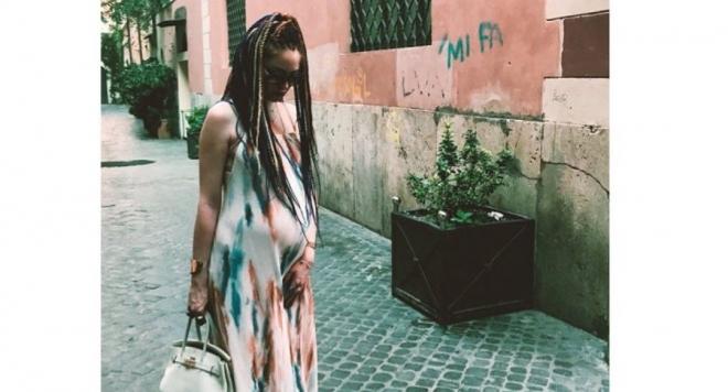 Бременната в 8-ия месец Глория Петкова куфее на Бионсе и Джей Зи в Рим