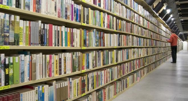 14 причини да четем книги на хартия