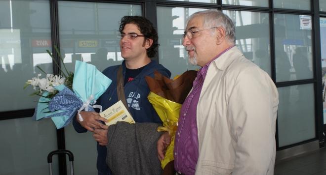Посрещнахме с мед и гайди Хорхе и синът му Демиан Букай /снимки/