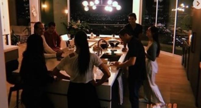 Гришо и Никол опровергаха слуховете за раздяла с шумно парти в Ел Ей (ВИДЕО)