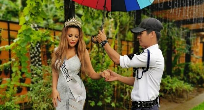 Българка покори Филипините (Снимки)