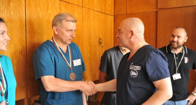 Хирурзи спечелиха традиционния тенис турнир на ВМА