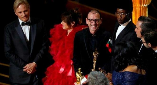 Българинът Димитър Маринов грабна в ръцете си Оскара за