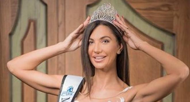 """""""Mrs Bulgaria Earth 2018""""  Роксана Кирилова: Аз съм една """"мъжка жена"""" с корона, вярваща в любовта!"""