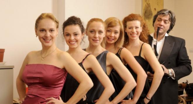 Чочо Попйорданов  купонясва с пет жени