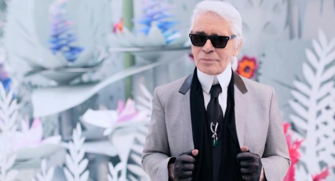 Творческият директор на Шанел е бил приет в болница вчера.Освен