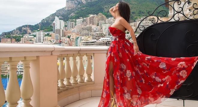 Мария снима клип по време на формулата в Монако