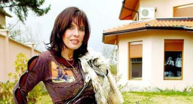Кичка Бодурова живее в палат за милиони