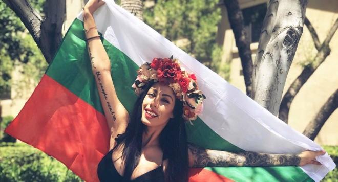 Гергана Райчевска развя българското знаме в Лас Вегас (Снимки)