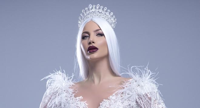 """Петя Велкова като """"Ледена кралица"""" с над 200 диаманта"""
