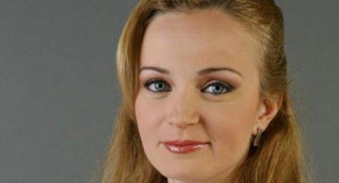 Гена Трайкова съвсем закъса: Искам корав мъж да ме скъса, ако ще да е последен простак!