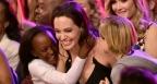 Джоли се появи за първи път след операцията (видео)