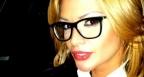 Няма да повярвате защо Преслава носи очила