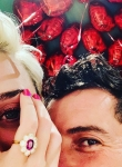 Орландо Блум и Кейти Пери се сгодиха навръх Свети Валентин