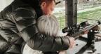 Кобрата учи Андреа да стреля със снайпер